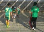 Salah seorang pemain Al Huda menembak ke arah gawang., masuk ga yah? :D