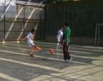 Salah seorang pemain Kampoeng Santri menembak ke arah gawang., sepertinya pinalti yah.. :D