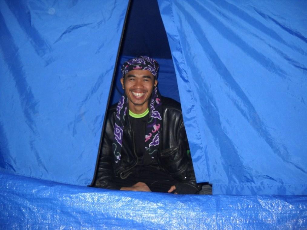 Tawa pa lurah di balik tenda, *nyumput ahh... :-D